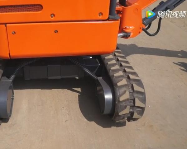 小型挖掘机伸缩工作