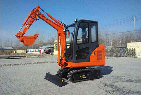 贵州客户采购小型挖掘机